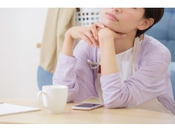 逃げ場がない…人生に疲れたアラフォー独身女性の憂鬱