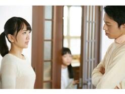 浮気が原因で3年間も別居していた夫を、家族は受け入れられるのか?