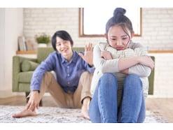 なぜ?「しっかり者の賢い妻」が「脇の甘いダメ夫」と結婚する理由