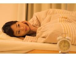 「ながら睡眠」に気をつけて!眠れない人が寝室でやっている悪習慣