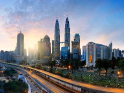 50歳一人暮らし、貯金3500万円。現在マレーシア勤務ですが、リタイアして帰国したい