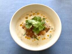 台湾の伝統朝ご飯!豆乳でさっぱりヘルシー「鹹豆漿(シェンドウジャン)」のレシピ