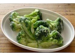 業務スーパーで必ず買う「冷凍野菜」ランキング!3位「揚げなす乱切り」2位「ブロッコリー」1位は…?