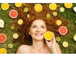ビタミンCの基礎知識!効果的な飲み方とサプリ摂取量