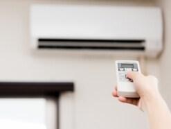 部屋全体を暖める暖房器具、一人暮らしにおすすめは?