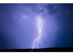 落雷被害は火災保険でどう補償される?