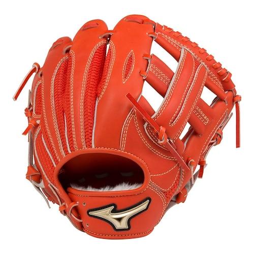 軟式野球の内野手用グローブ