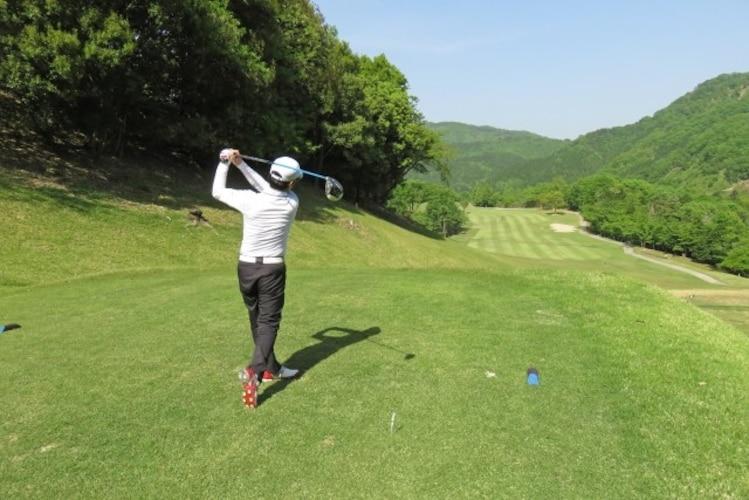 ゴルフシューズの必要性とは?