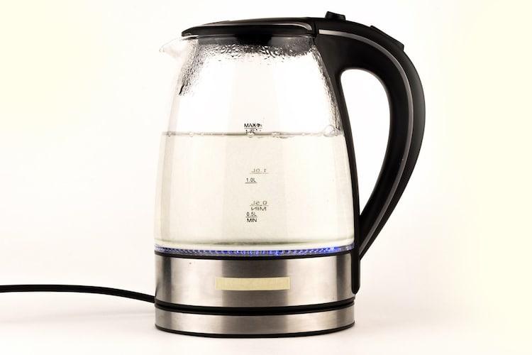 【ガラス製の電気ケトル】