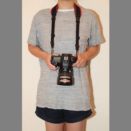 上手なカメラストラップの使い方1