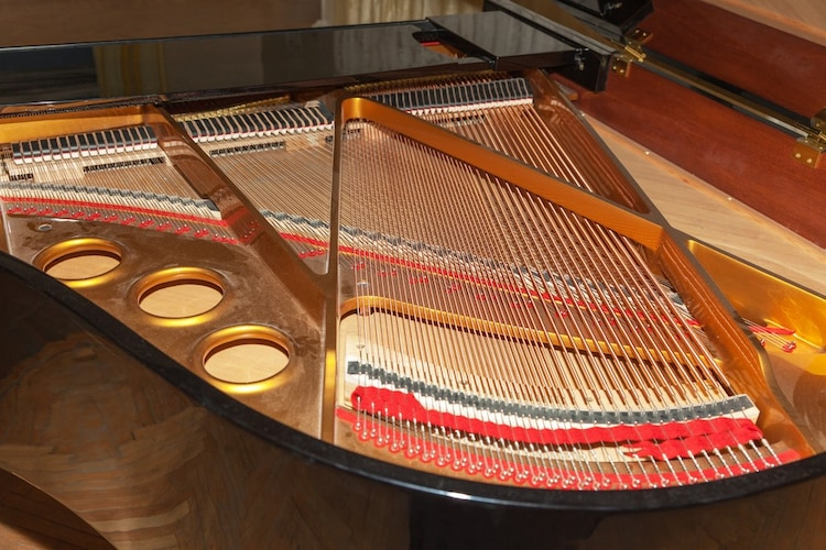 ピアノの弦