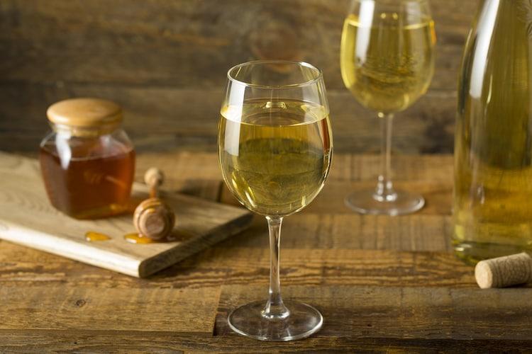 タイプ|デザートドリンクとして気軽に飲める「ワイン」