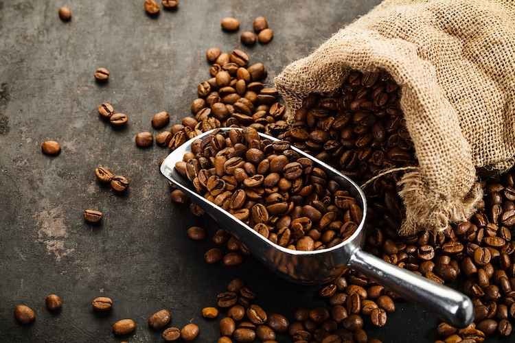 コーヒー原料|コーヒーの産地や焙煎度によって風味が変わる