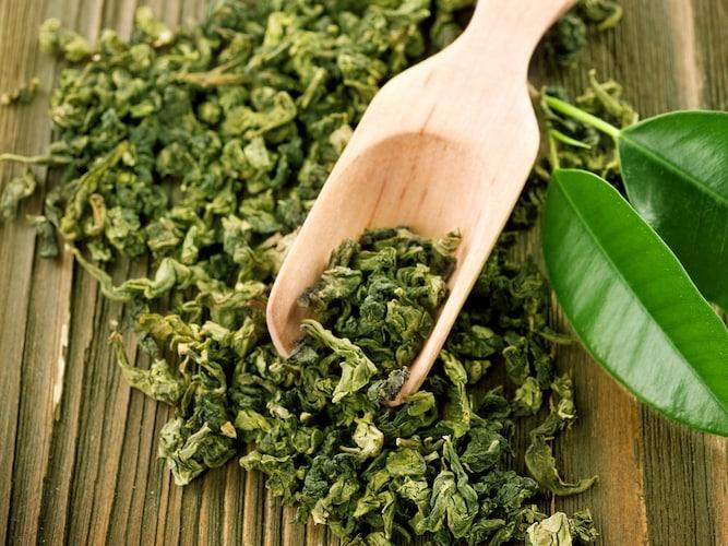 素材2|手馴染みの良い「木製」、雑菌の繁殖を抑える「竹製」