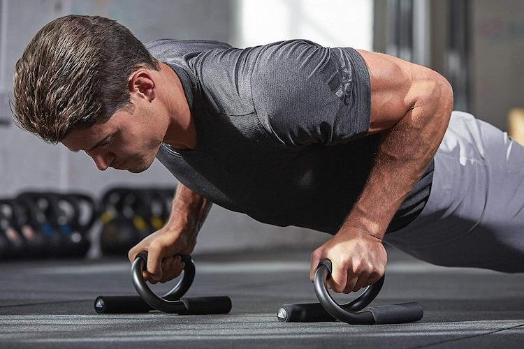 耐久性 さまざまなフォーム練習をする方は余裕のある耐荷重を