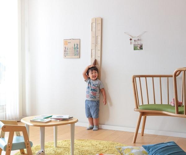 壁掛けタイプ|インテリアになじむ、おしゃれな木製や布製