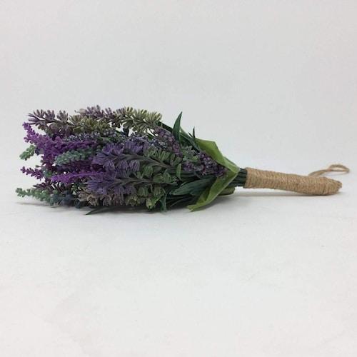 花材|彩りを加えたいときはバラやラベンダーを,明るくしたいならハーブ系を