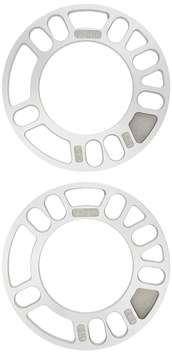 ボルトの本数|タイヤの穴の数と合うものを。複数の穴が開いた兼用タイプも