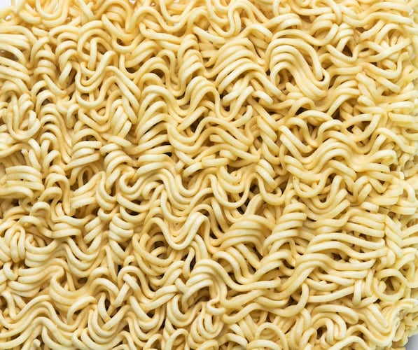麺2|コスト安い!手軽に作れて賞味期限も長い「インスタント麺」