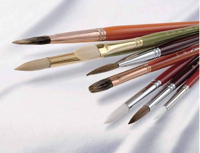 ナムラ 明治時代から培われてきた世界に誇る製筆技術