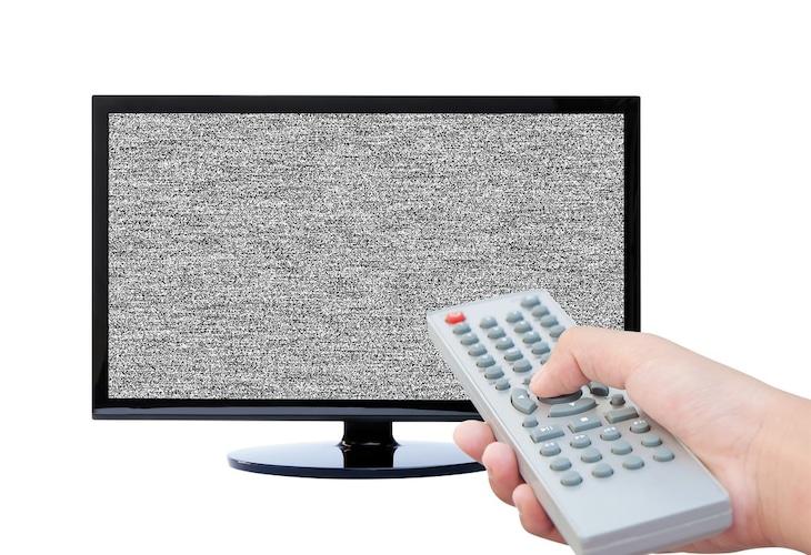 テレビの音量を抑えるコツとは?