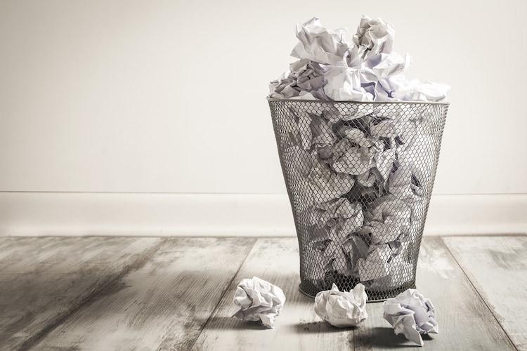 捨て方|素材によって処分の仕方が異なる