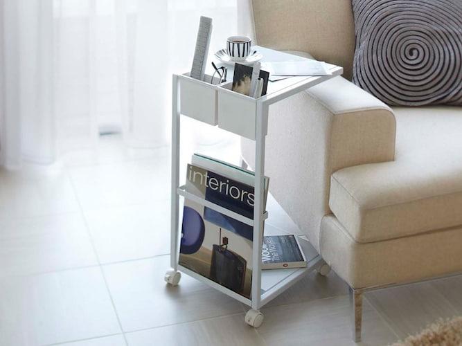 サイドテーブル|ベッド周りの収納としても使える!