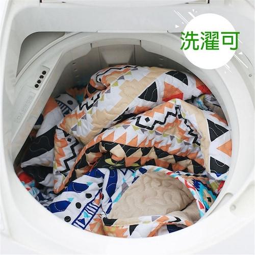 洗えるラグはペットや子供がいても手入れが簡単!