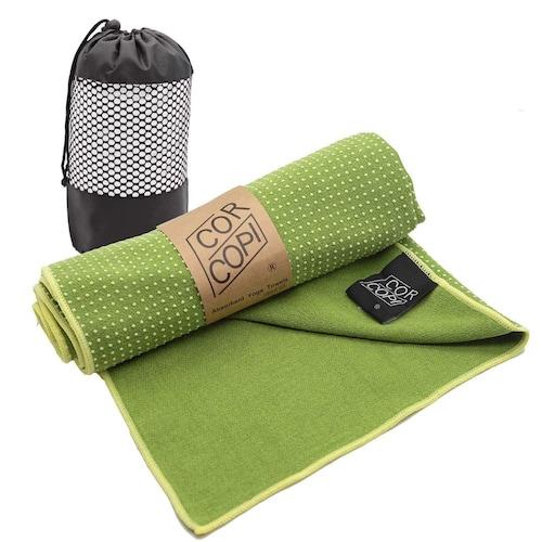 ヨガラグ|汗を吸って滑りを防止したり、清潔を保ってくれる
