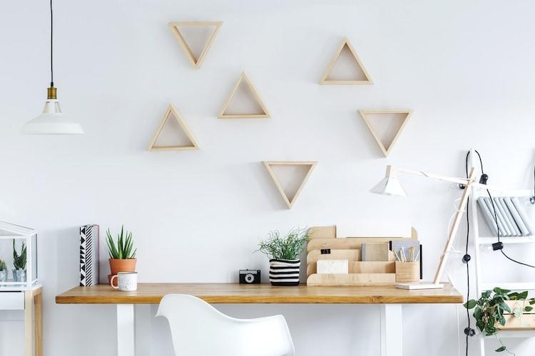 ■植物モチーフや幾何学模様を一点、おしゃれに取り入れて■