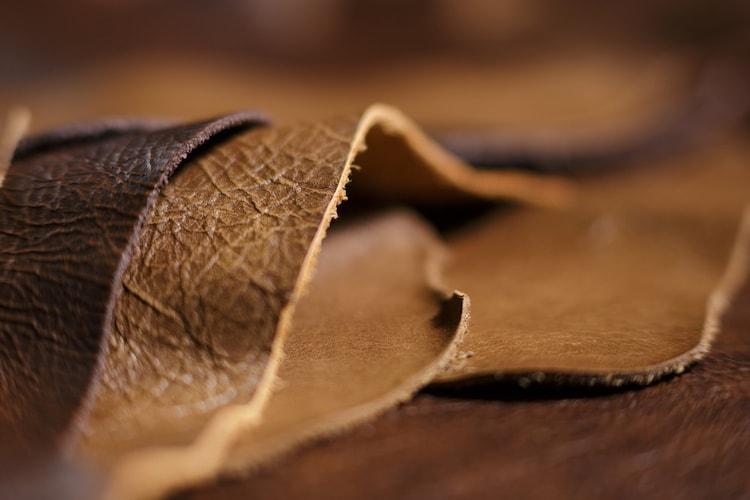 天然皮革|足に馴染むフィット感が魅力