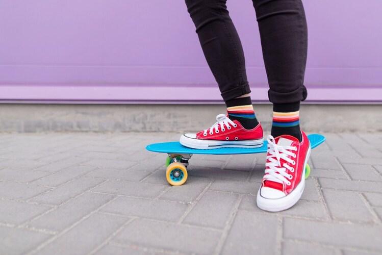 スケートシューズ(スケボースニーカー)とは