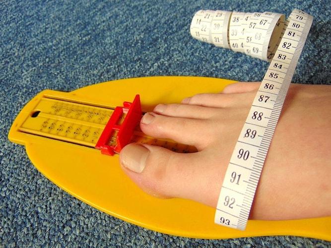足幅はメジャーで測る