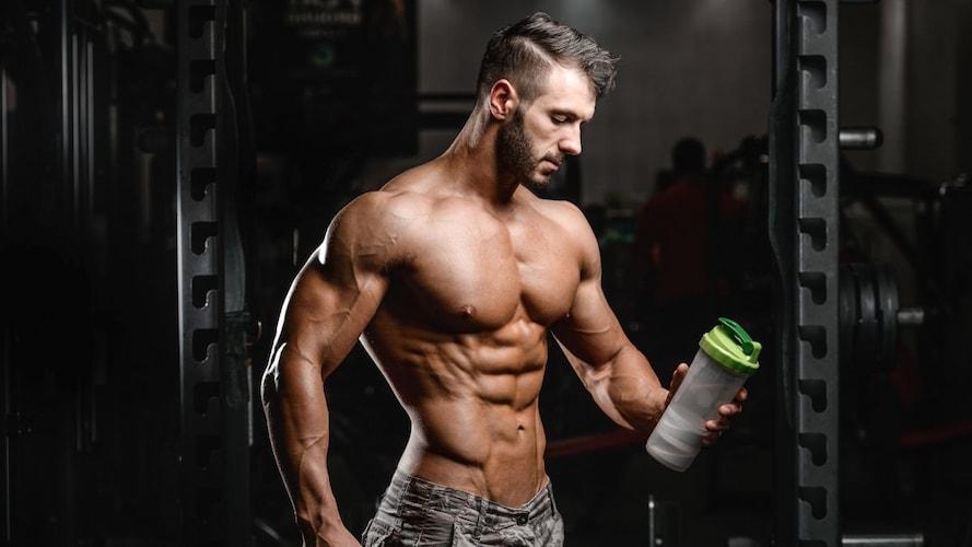筋肉をつけたい人にプロテインがおすすめなのはなぜ?