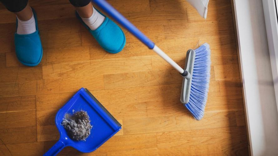 ほうきで掃除するメリット