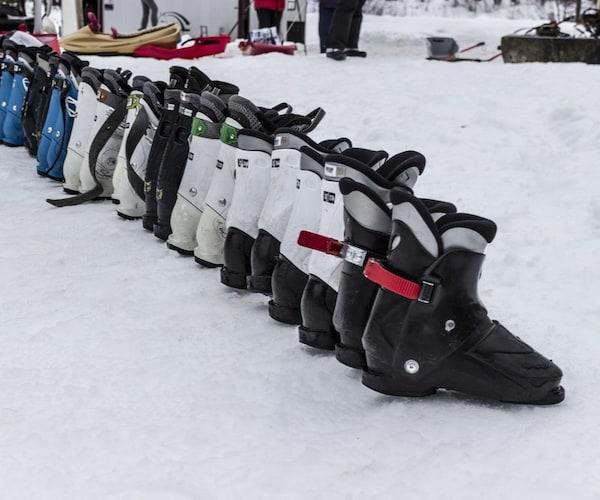 スキーブーツの寿命はどれくらい??