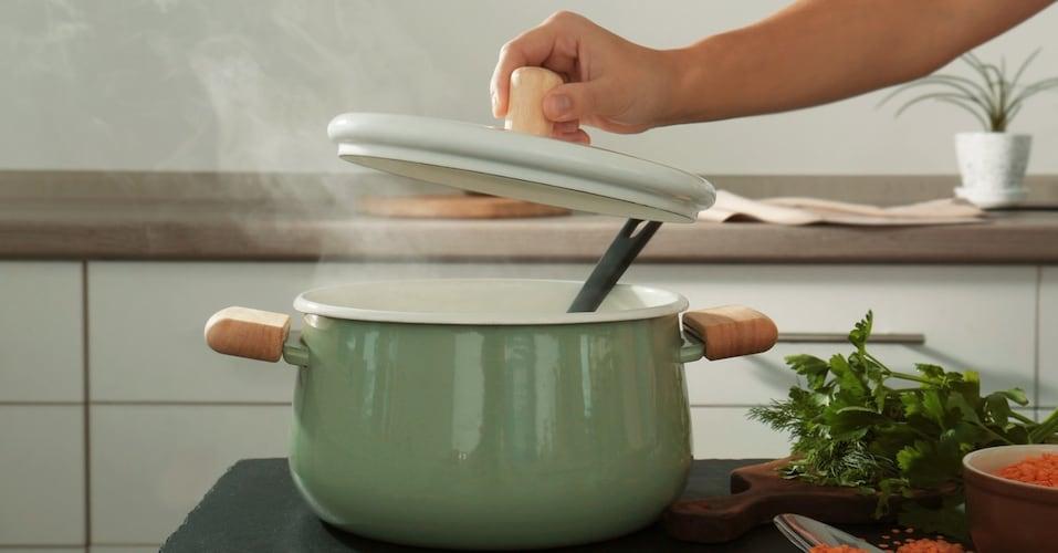 一人暮らしに鍋があると便利な理由