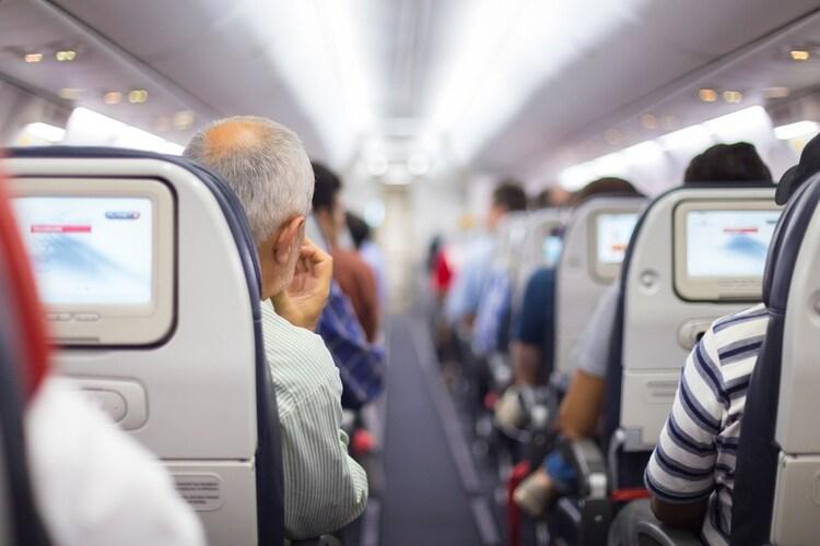 電気シェーバーは飛行機内に持ち込める?