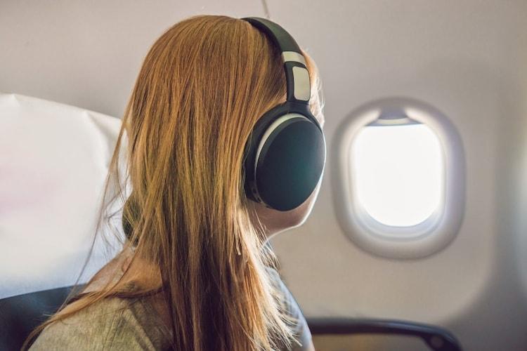 ノイズキャンセリング|周囲の騒音を軽減&クリアな音質に
