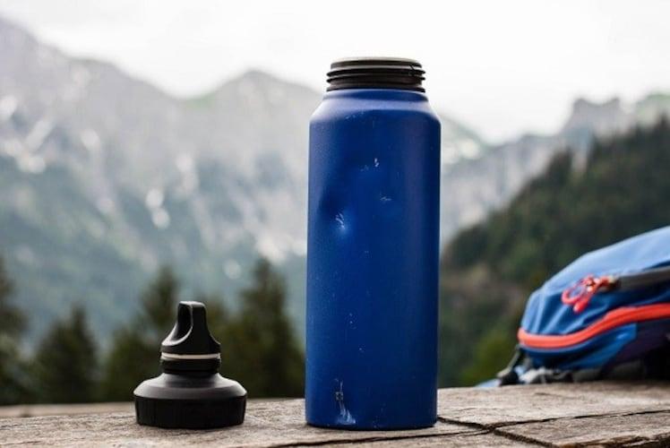 アウトドア水筒の使い方