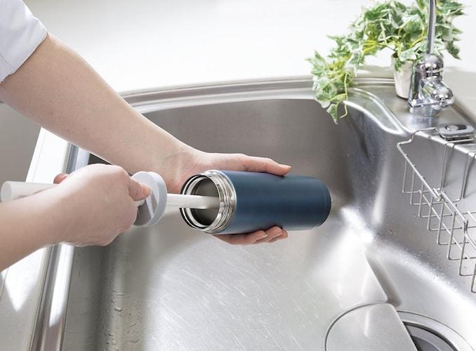 ボトルクリーナーで綺麗に洗浄!