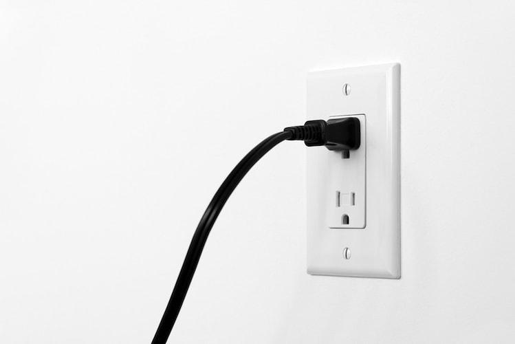 電源 充電式などコードレスだと場所を選ばず使える