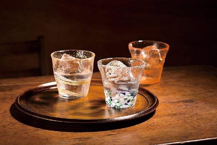 ガラスは色の変化を楽しめる