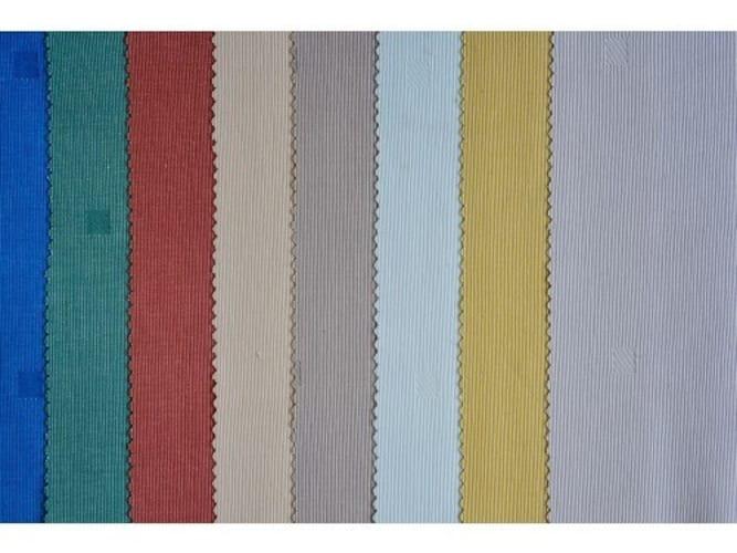 色|布の色にも注目
