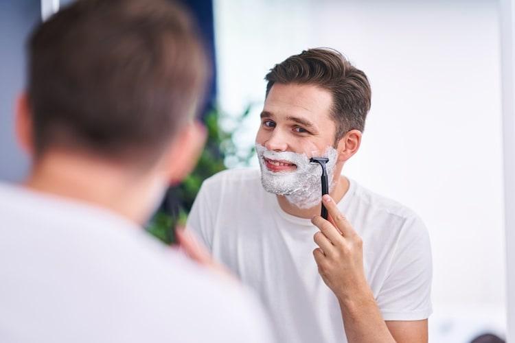 T字カミソリの使い方と髭の剃り方を紹介!