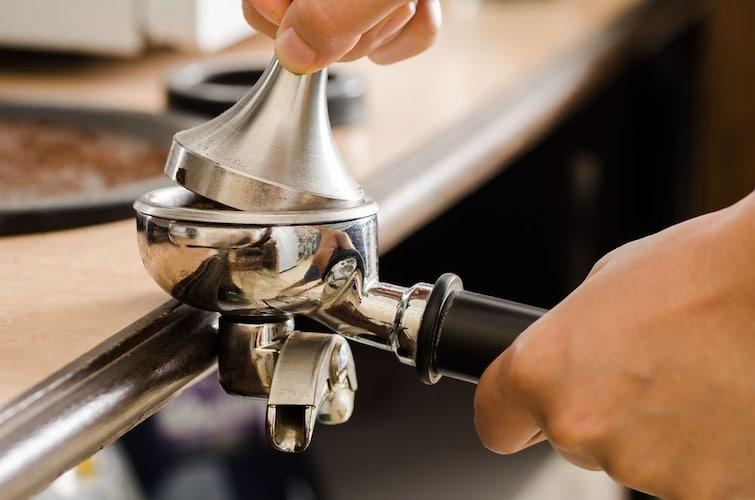 コーヒー用タンパーの使い方