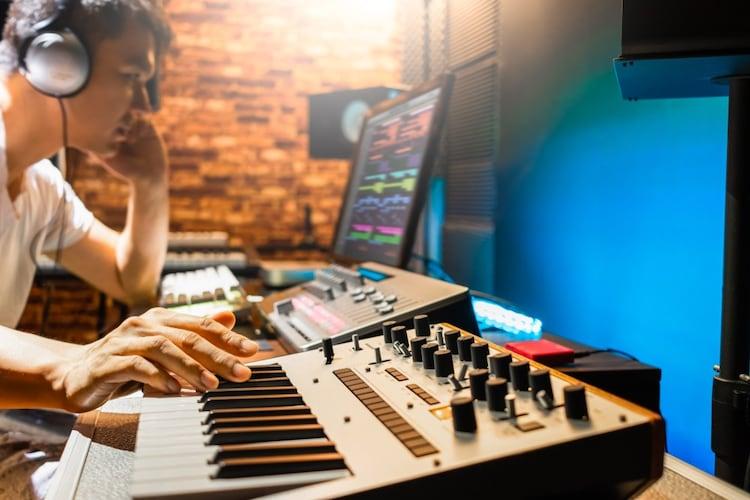 MIDIコントローラーの接続方法や使い方
