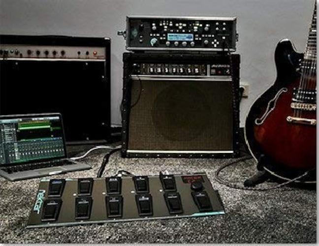4.フットペダル型|MIDIを扱いたいギタリストにはおすすめ!