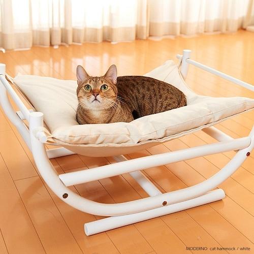 置き型|安定感があり子猫やシニアの猫ちゃんにも