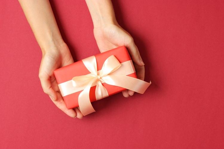 お義母さんに母の日のプレゼントは贈るべき?